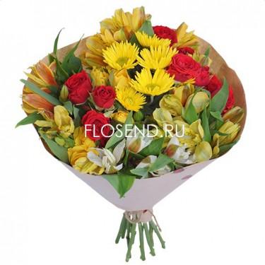 Букет из хризантем и кустовой розы и альстромерий
